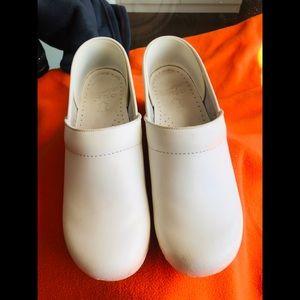 White Dansko Shoes size 9